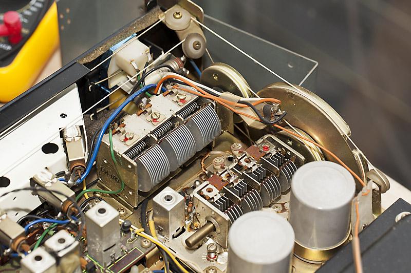 [Bild: Pioneer_SX-2500_Thread01_05.jpg]