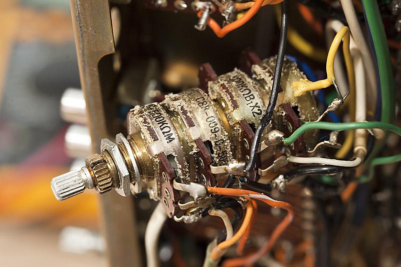 [Bild: Pioneer_SX-2500_Thread01_08.jpg]